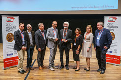 <p>v.l.n.r. Prof. Dr. Michael Rape, Prof. Dr. Thorsten Hoppe, Prof. Dr. Thomas Sommer, Prof. Johannes Herrmann, Prof. Thomas Jentsch, Petra Ullrich (Elsevier), Andrea O`Brien (Elsevier/BBA) und Dr. Ulrich Brandt (BBA)</p>