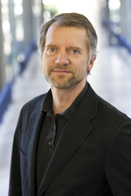 Matthias Mann Receives Louis-Jeantet Prize for Medicine - Award for new methods to analyze proteins